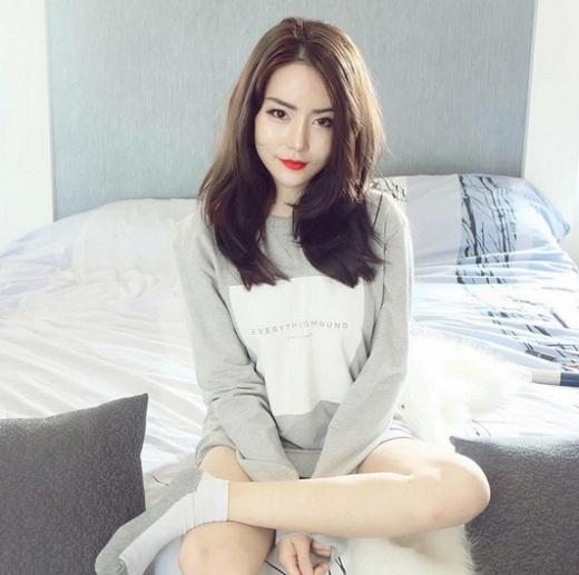 Hot girl Thái Lan xinh như thiên thần thôi miên cộng đồng mạng