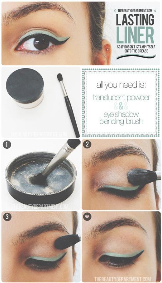 Để tránh eyeliner dính vào nếp gấp trên mí mắt, dùng phấn phủ loại không màu thoa lên trên mí mắt.(Ảnh: Internet)
