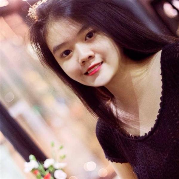 Ở tuổi 19, cô bạn Trúc Nguyễn đã tự kiếm được trung bình 200 triệu đồng mỗi tháng chỉ sau 6 tháng khởi nghiệp kinh doanh. (Ảnh Facebook)