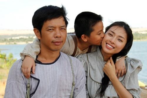 Bé Ben từng gây chú ý với vai diễn Hùng, con trai nữ diễn viên Ngô Thanh Vân trong phim Lửa Phật. - Tin sao Viet - Tin tuc sao Viet - Scandal sao Viet - Tin tuc cua Sao - Tin cua Sao