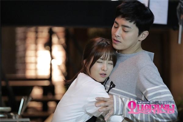 Những cặp đôi gây sốt màn ảnh Hàn năm 2015
