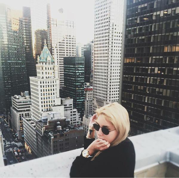 Lối sống xa hoa đến choáng váng của Tiểu thư giàu nhất Instagram