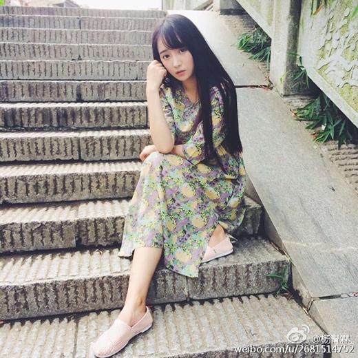 Sửng sốt với nhan sắc không tì vết của mĩ nữ trường Điện Ảnh