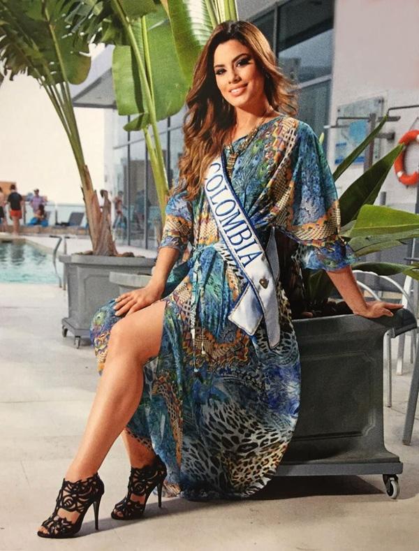 Tuy nhiên, bộ đầm da báo này của Ariadna Gutiérrez lại chưa thực sự đẹp mắt và tinh tế.