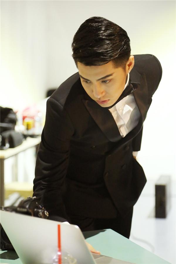 Noo Phước Thịnh bảnh bao và lịch lãm trong bộ vest đen - Tin sao Viet - Tin tuc sao Viet - Scandal sao Viet - Tin tuc cua Sao - Tin cua Sao