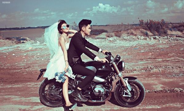 Bộ ảnh cưới siêu đẹp của đôi trai tài gái sắc nàyđang được rất nhiều bạn trẻ quan tâm và yêu thích.(Ảnh: SyNguyenNgoc)