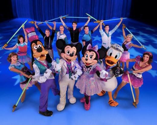 Disney On Ice presents Magical Ice Festival - Xứ Sở Băng Kì Diệu chính thức đến Việt Nam.