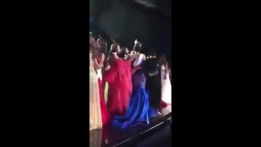 Làm ngơ hoa hậu Philippines, các hoa hậu reo hò tên đại diện Colombia