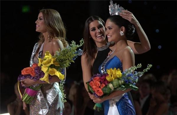 Người đẹp Philippines và Colombia cùng giữ ngôi Hoa hậu Hoàn vũ 2015?