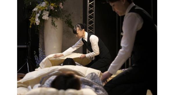 Nhật Bản bùng nổ dịch vụ... dùng thử quan tài