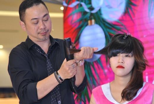 Nhà tạo mẫu tóc Trần Mạnh Thìn.