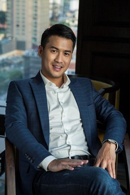 """""""Làm việc cũng là một cách tận hưởng cuộc sống"""" – Philip Nguyễn."""