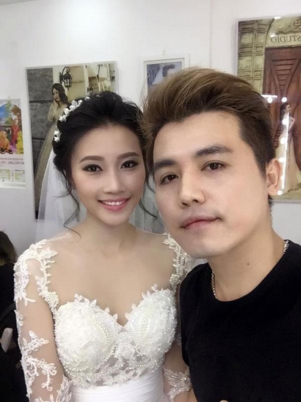 Cô được các chuyên gia trang điểm chăm chút nhan sắc và hỗ trợ váy cưới một cách tỉ mỉ. - Tin sao Viet - Tin tuc sao Viet - Scandal sao Viet - Tin tuc cua Sao - Tin cua Sao