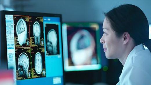 Công nghệ tia T có thể tạo ra một cuộc cách mạng trong kĩ thuật sử dụng bức xạ y tế. (Ảnh: Monty Rakusen/Getty)