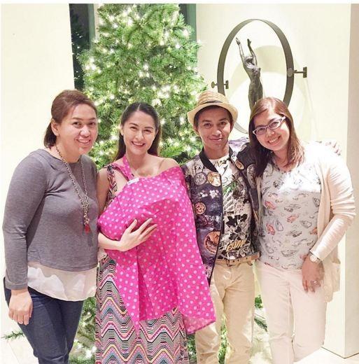 Mĩ nhân đẹp nhất Philippines khoe ảnh con gái xinh hơn thiên thần