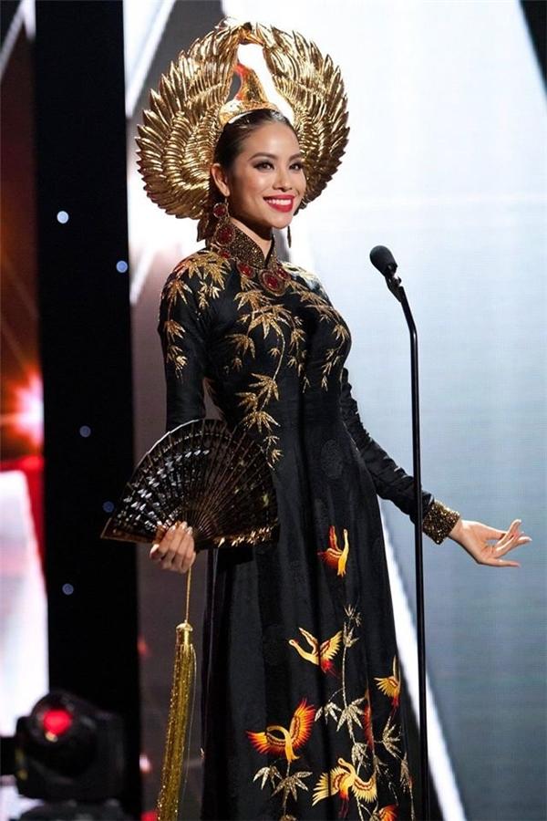Nhiều người tỏ ra ngỡ ngàng khi Phạm Hương bị loại khỏi top 15 chung cuộc, - Tin sao Viet - Tin tuc sao Viet - Scandal sao Viet - Tin tuc cua Sao - Tin cua Sao