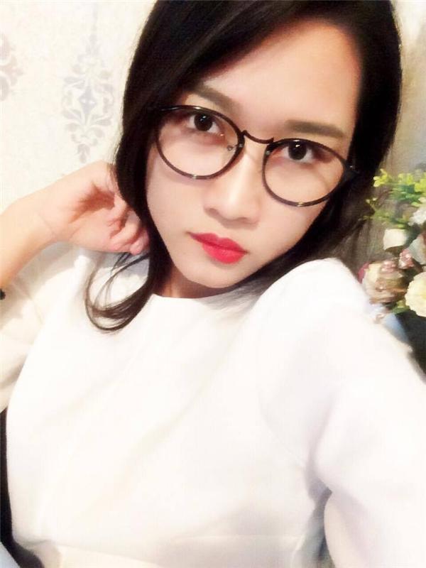 Ngọc Linh tự nhận xét mình là cô gái khá hiền, sống khép kín nhưng đôi khi hơi... khó tính. (Ảnh: NVCC)