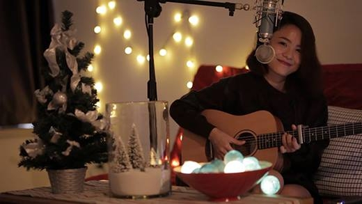 Thái Trinh - Christmas is Here