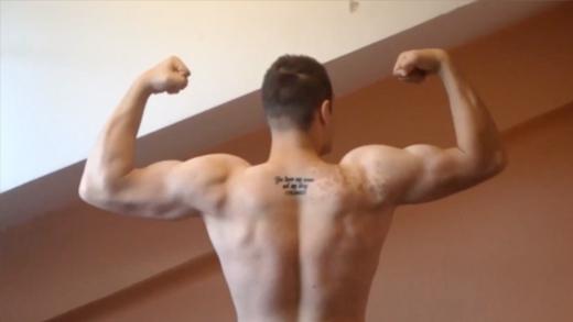 Giảm 60kg sau 1 năm, chàng béo hoá thành hot boy lực lưỡng