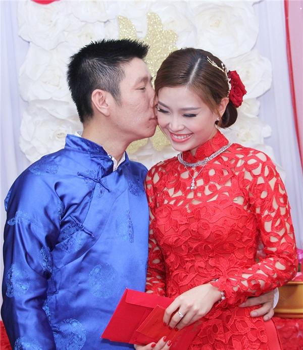 Chồng của Diễm Trang hiện tại đang là một doanh nhân công tác tại Ba Lan. - Tin sao Viet - Tin tuc sao Viet - Scandal sao Viet - Tin tuc cua Sao - Tin cua Sao