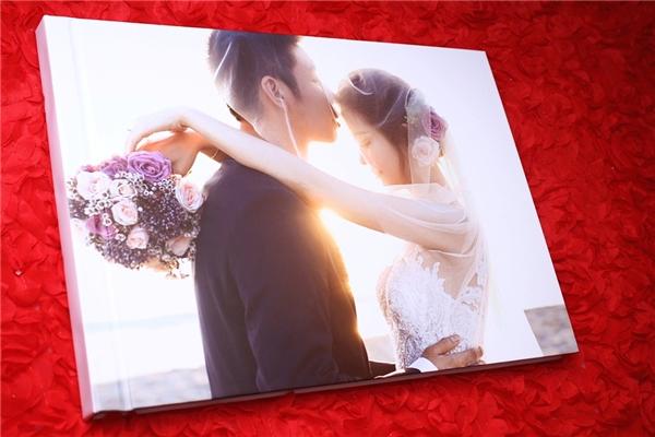 Ảnh cưới của cặp đôi được chia sẻ trong lễ ăn hỏi. - Tin sao Viet - Tin tuc sao Viet - Scandal sao Viet - Tin tuc cua Sao - Tin cua Sao
