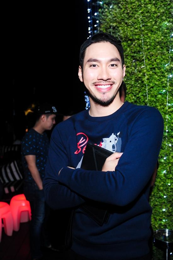 Nhà thiết kế Lý Quí Khánh - Tin sao Viet - Tin tuc sao Viet - Scandal sao Viet - Tin tuc cua Sao - Tin cua Sao