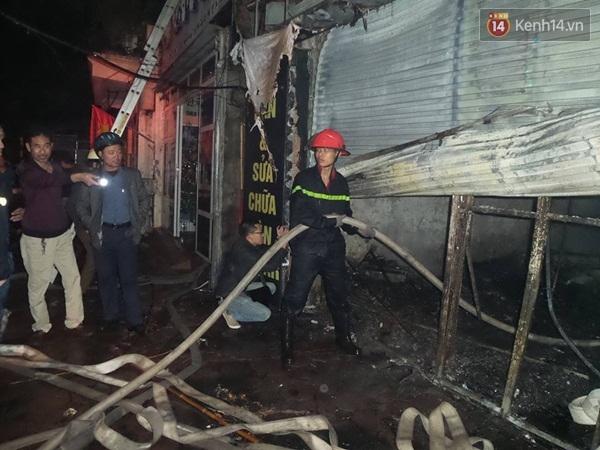 Xót xa hiện trường vụ hỏa hoạn lớn tại Hà Nội