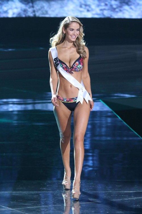Hoa hậu Mỹ lên tiếng giải thích cho hành động của mình