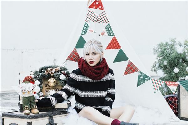 Yến Lê nhuộm tóc trắng như tuyết để đón Giáng sinh - Tin sao Viet - Tin tuc sao Viet - Scandal sao Viet - Tin tuc cua Sao - Tin cua Sao