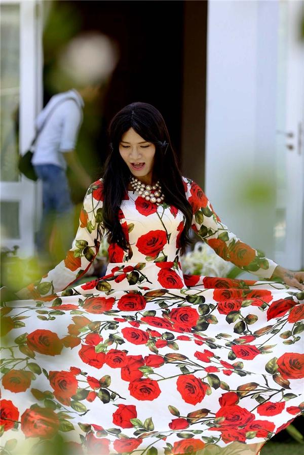 BB Trần đòi thế vai Kỳ Hân để… ôm ấp trai đẹp 6 múi - Tin sao Viet - Tin tuc sao Viet - Scandal sao Viet - Tin tuc cua Sao - Tin cua Sao