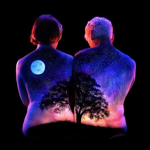 """""""Body painting"""" ánh sáng đã không còn xa lạ với những người đam mê môn nghệ thuật """"Body Art"""" tại nước ngoài. (Ảnh: Internet)."""