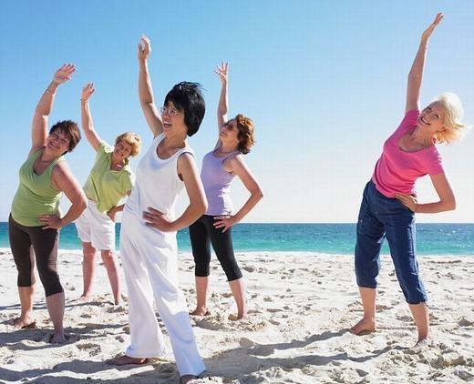 Tập thể dục buổi sáng hoặc chạy bộ cũng là cách không chỉ làm cho tinh thần thoải mái mà còn giúp bạn có cơ thể khỏe mạnh về lâu dài. Tập thể dục là cách đánh thức cơ thể tốt nhất và lâu đời nhất mà con người từng áp dụng. Hãy áp dụng các bài tập lưu thông máu, sự tỉnh táo sẽ đến với bạn lập tức và kéo dài cả ngày hôm đó. (Ảnh: Oddee)