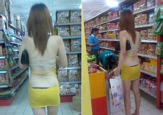 Đến siêu thị với bộ trang phục thế này quả thật khiến nhiều người nể phục, cô nàng này không cảm thấy lạnh thì phải.(Ảnh: Internet)