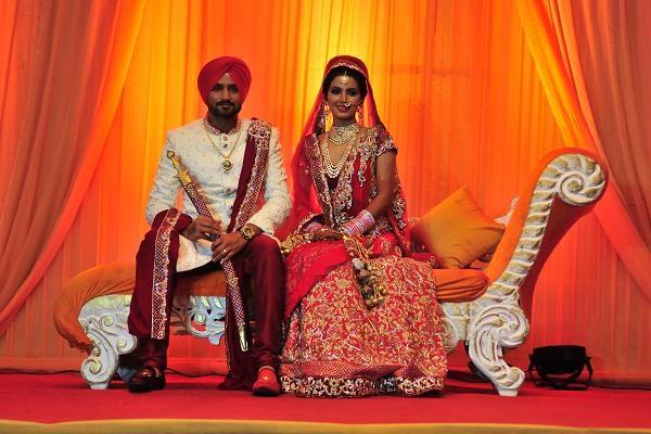 """""""Choáng váng"""" trước đám cưới toàn vàng tại Ấn Độ"""