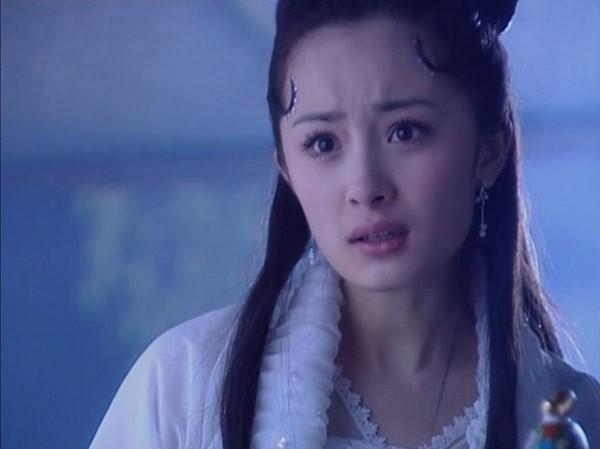 Trong loạt phim sau đó, gương mặt của nữ diễn viên cũng dần biến đổi