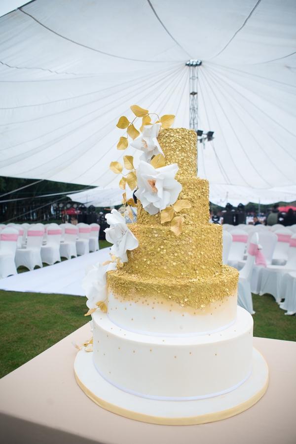 Chiếc bánh cưới rất đẹp mắt và cầu kì. - Tin sao Viet - Tin tuc sao Viet - Scandal sao Viet - Tin tuc cua Sao - Tin cua Sao