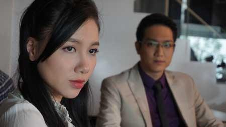 Minh Hà đảm nhận vai Trinh phải trải qua nhiều thăng trầm trong hôn nhân ở phim Hôn nhân trong ngõ hẹp. Ảnh: Chụp màn hình - Tin sao Viet - Tin tuc sao Viet - Scandal sao Viet - Tin tuc cua Sao - Tin cua Sao