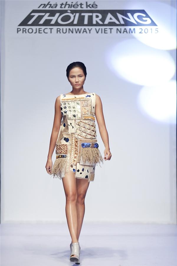 Sản phẩm của nhà thiết kế Châu Kha.