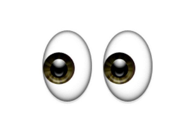 Áp dụng quy tắc 20/20/20 cho đôi mắt: sau khoảng 20 phút làm việc, hãy nghỉ 20 giây và nhìn quanh ở khoảng cách xa 20 feet (hơn 6 mét). (Ảnh: Viralnova)