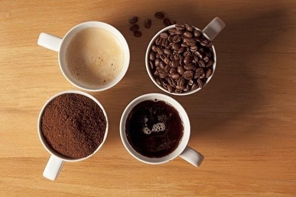 """Cà phêchính là một trong những """"thủ phạm"""" hàng đầu khiến vòng một bị teo đi một cách nghiêm trọng. (Ảnh Internet)"""