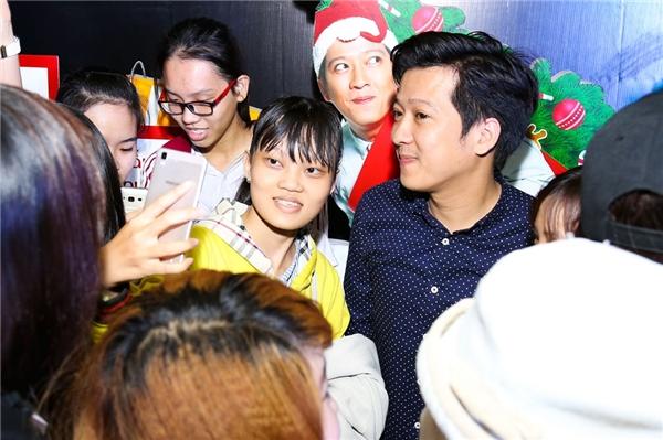 Trường Giang bị fan chất vấn chuyện tình cảm với Nhã Phương - Tin sao Viet - Tin tuc sao Viet - Scandal sao Viet - Tin tuc cua Sao - Tin cua Sao