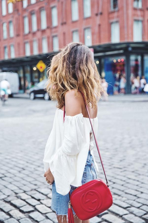Mẫu túi Soho nhỏ xinh của thương hiệu Gucci làm nức lòng mọi cô nàng, từ tín đồ thời trang cho đến cả ngôi sao nổi tiếng.