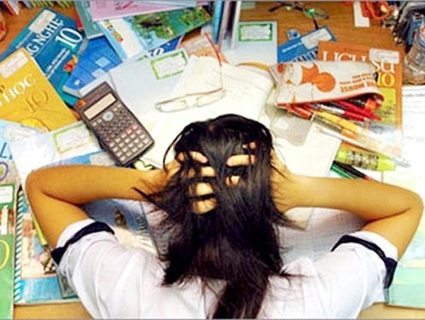 Học sinh thiếu kỹ năng đối diện áp lực, khó khăn (Ảnh minh họa)