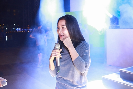 Khoảng 19 giờtối, Thu Minh đã có mặt tại sân khấu của đại tiệc âm nhạc độc đáo nhất cuốinăm nayNew Year Countdown - Journey to Wonderland. - Tin sao Viet - Tin tuc sao Viet - Scandal sao Viet - Tin tuc cua Sao - Tin cua Sao