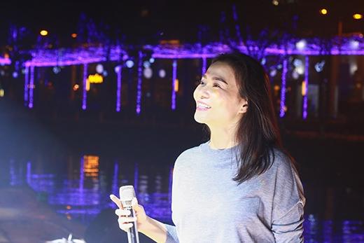 Thu Minh tươi hết cỡ trên sân khấu hoành tráng Countdown Party - Tin sao Viet - Tin tuc sao Viet - Scandal sao Viet - Tin tuc cua Sao - Tin cua Sao