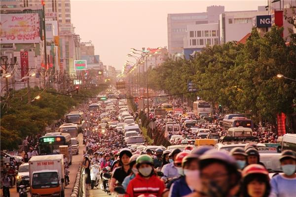 Hàng loạt tuyến đường bị cấm để phục vụ Giao thừa Tết Dương lịch 2016