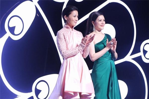 Tháng 11 vừa qua, Lynk Fashion Show đã diễn ra thành công ở TP.HCM. Tuy nhiên, khán giả Việt vẫn bất ngờ khi sau đó, Lý Nhã Kỳ khẳng định, có người mẫu đã bỏ show vì không được giao vị trí mà cô mong muốn.