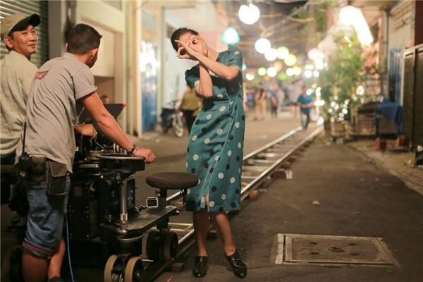 Hình ảnhtinh nghịch của nữ diễn viên trong hậu trường. - Tin sao Viet - Tin tuc sao Viet - Scandal sao Viet - Tin tuc cua Sao - Tin cua Sao