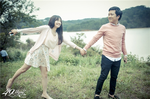 Cặp đôi thường xuyên dành cho nhau những cử chỉ tình tứ. - Tin sao Viet - Tin tuc sao Viet - Scandal sao Viet - Tin tuc cua Sao - Tin cua Sao