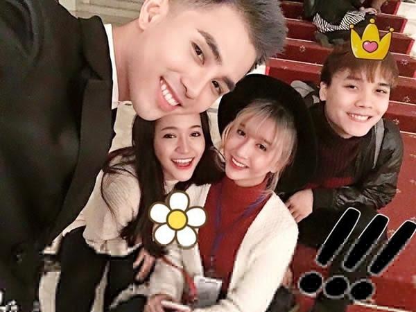 Quỳnh Anh Shyn đã hội ngộ Will (365) và Zoie (St.319) trong giờ khắc đón năm mới. Cả nhóm chụp những bức ảnh selfie vô cùng dễ thương.
